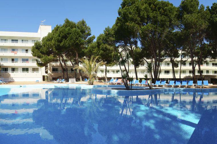 4 Sterne  Hotel Serrano Sentrador in Cala Ratjada - Ansicht 1