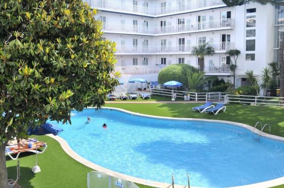 3 Sterne  jugendreisen Balmes Apartments in Calella