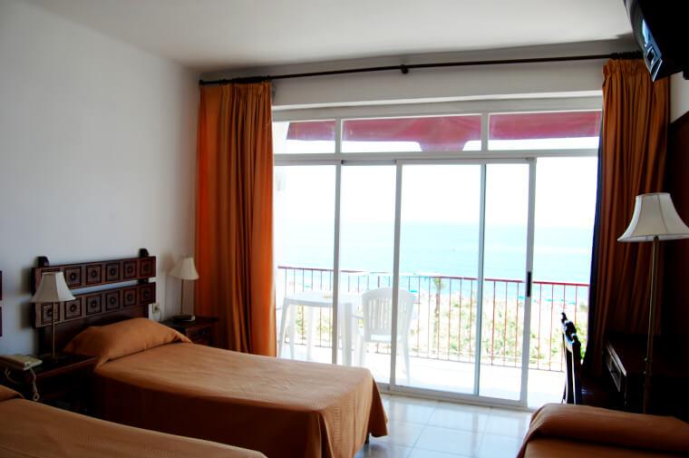 3 Sterne  Hotel Mont Rosa in Calella - Ansicht 1