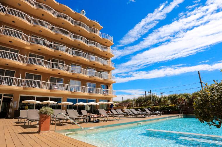 4 Sterne  Hotel Volga in Calella - Ansicht 1