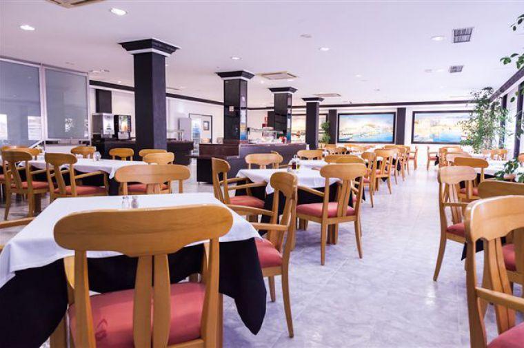 2 Sterne  Hotel El Puerto in Ibiza - Ansicht 1