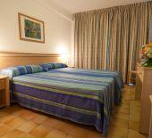 2 Sterne  Hotel El Puerto in Ibiza - Ansicht 2