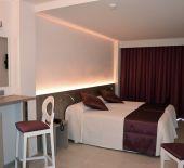 2 Sterne  Hotel El Puerto in Ibiza - Ansicht 3