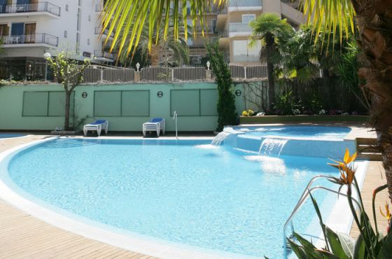 4 Sterne  partyurlaub Acapulco in Lloret de Mar