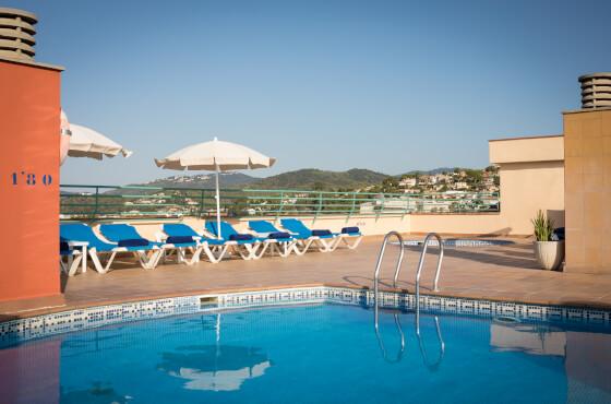 4 Sterne  partyurlaub H.TOP Royal Sun Suites in Malgrat de Mar