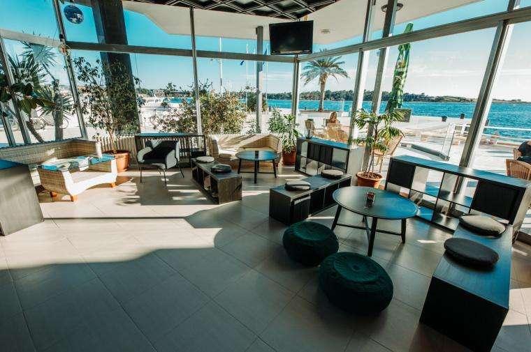2 Sterne  Hotel Loza in Novalja - Ansicht 1